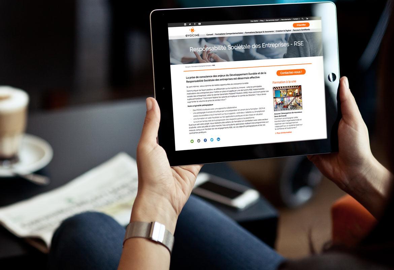 Image montrant une page du site vue d'un écran de tablette tactile.